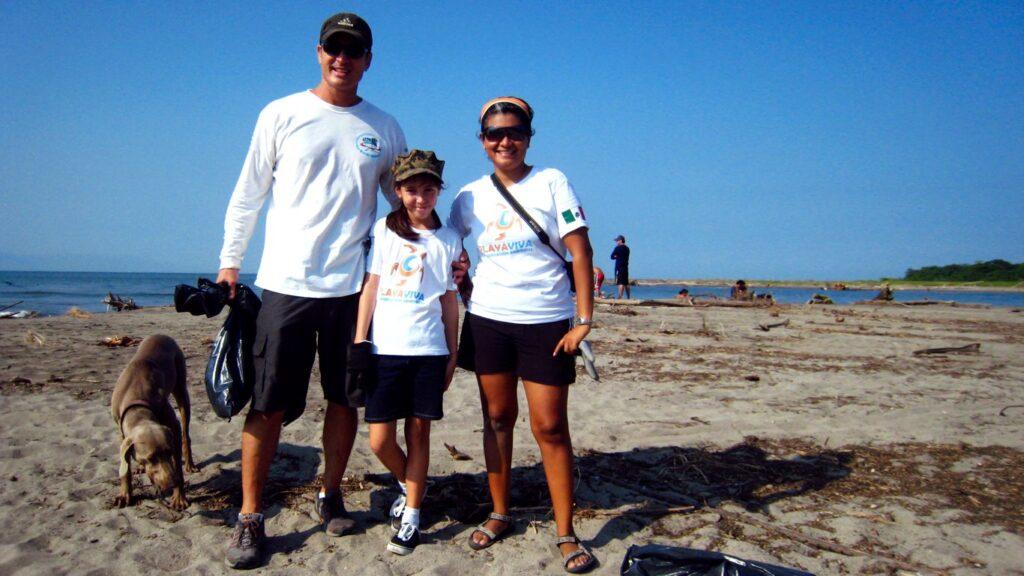 Beach Clean Up_Playa Viva Puerto Vallarta