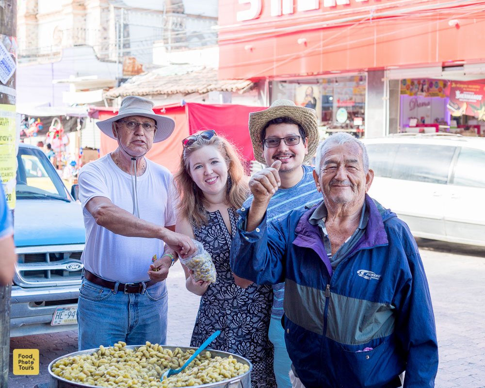 Off-The-Beaten-Pathh-Food-Tour-in-Puerto-Vallarta-with-Star-and-Chacha-www.foodandphototours.com